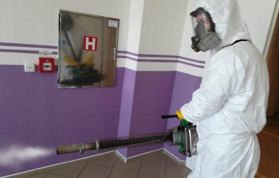 Polymerová dezinfekce prostor vs dezinfekce ozonem